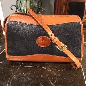 Dooney and Bourke Vintage Navy Leather Crossbody